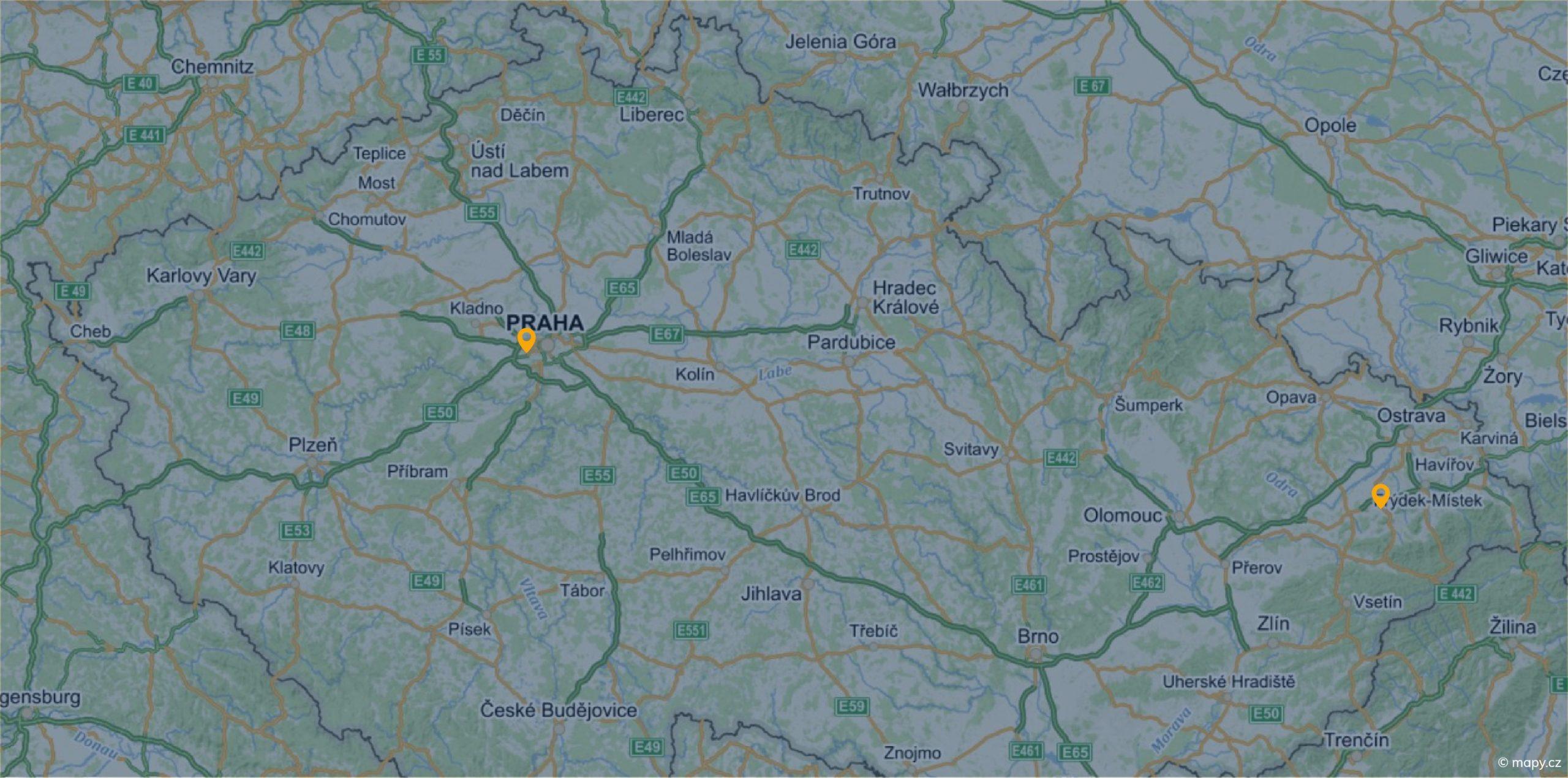 Mapa s centrálou firmy Protect Parts v Praze a skladištěm v Kopřivnici.
